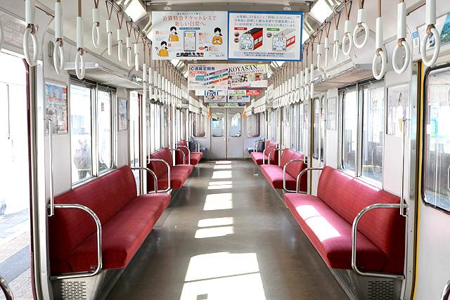 近鉄8400系(ワンマン車)車内