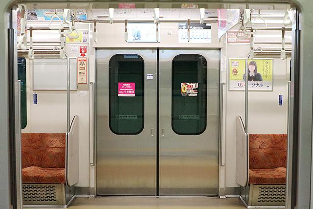 横浜市営地下鉄3000S形 客用ドア