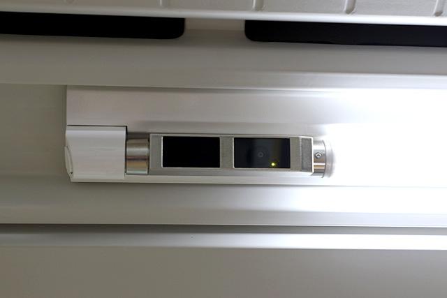 JR東日本E233系1000番台 防犯カメラ