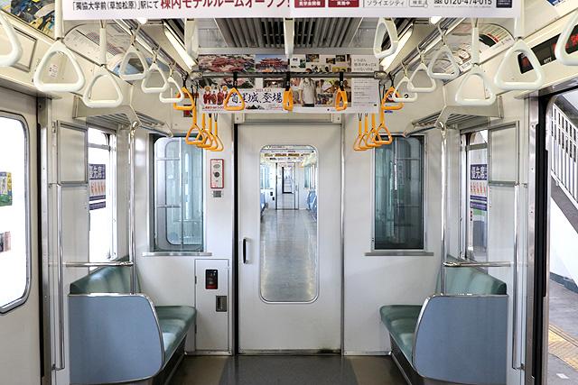 東武30000系(1次車)貫通路
