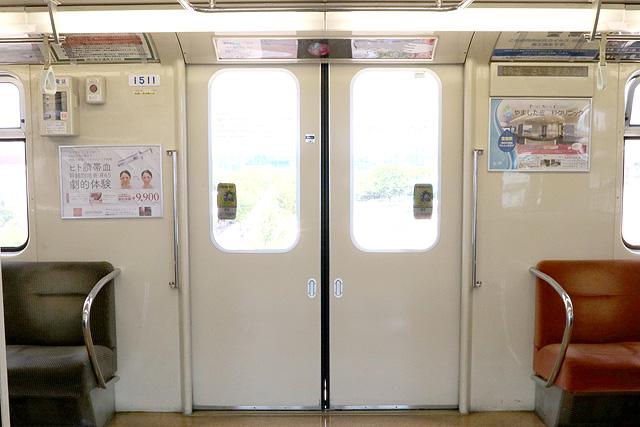 神戸新交通1000型(最終編成)客用ドア