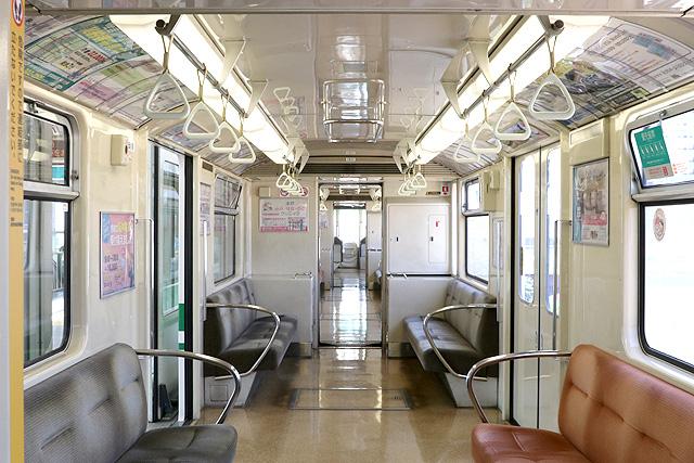 神戸新交通1000型(最終編成)車内