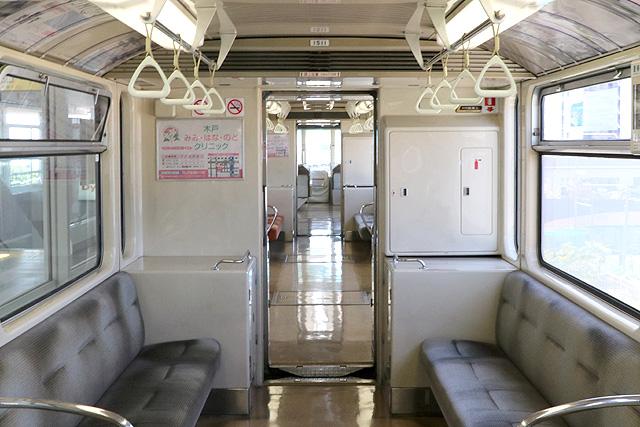 神戸新交通1000型(最終編成)貫通路
