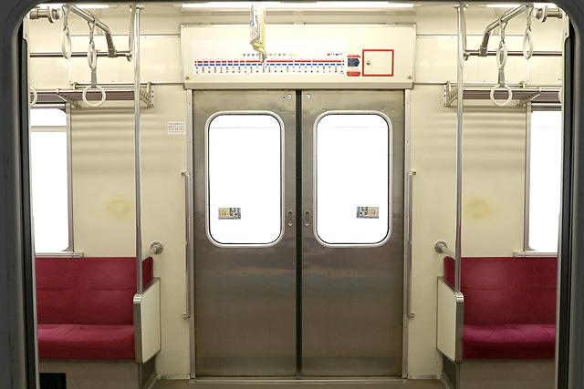 関東鉄道キハ2200形 客用ドア(両開き扉)